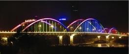 橋梁河提亮化